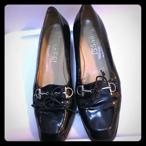 Gucci Patent leather Horsebit leather tie loafers